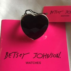 NWT Unique Betsey Johnson Heart Locket Ring Watch